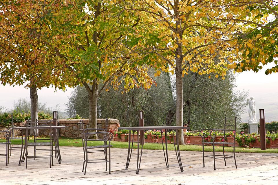 Castello Banfi Il Borgo - Arredo Giardino Gaia