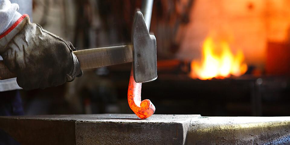 Strutture in ferro battuto - incudine