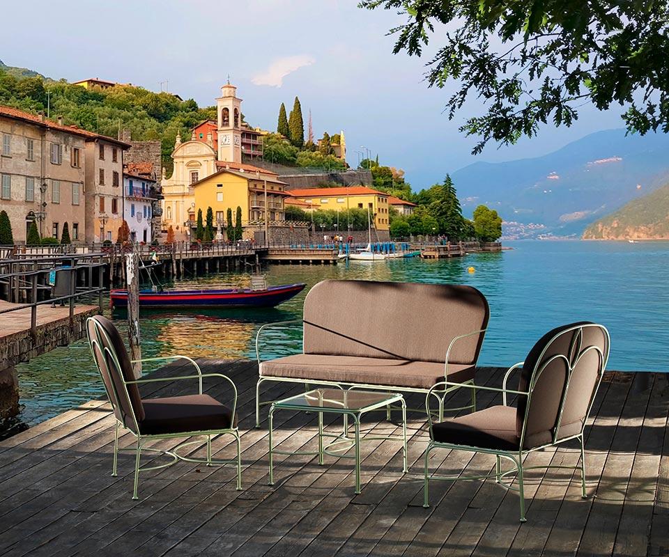 Salotto Loto sul lago di Garda